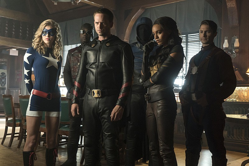 DCs Legends of Tomorrow - Season 2 Episode 02: The Justice Society of America