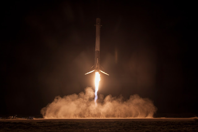 Landing of the Falcon 9's first stage. Credit: SpaceX