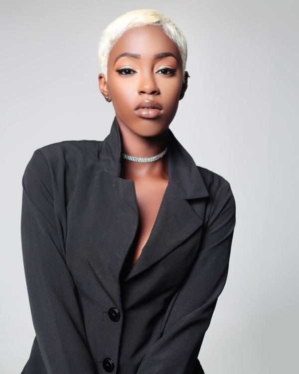 """""""When you're deaf & slaying.."""" This Model is Inspiring us with her Positivity"""