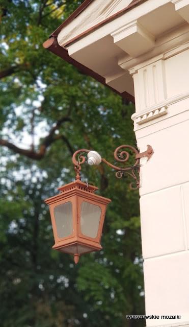 Warszawa Warsaw Bielany kościół pw. św. Marii Magdaleny na Bielanach Wólczyńska architektura latarenka światło