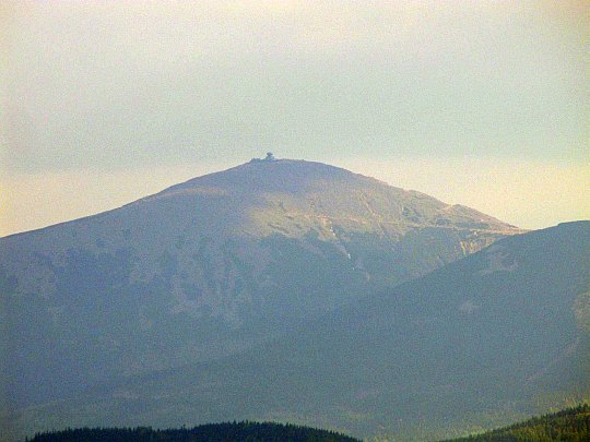 Śnieżka (czes. Sněžka, niem. Schneekoppe; 1602 m n.p.m.) - najwyższy szczyt Karkonoszy i całych Sudetów.