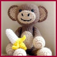 Mono amigurumi con plátano