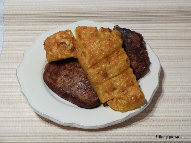Ananas rôti vanille-rhum et son pain d'épices perdu
