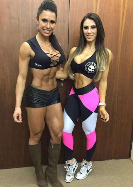 Gracyanne Barbosa and Carol Saraiva