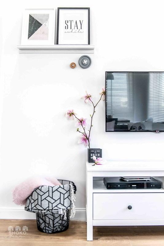 mueble-television-blanco-ikea-magnolia-decoracion-nordica-interior-estilo-escandinavo-interiores-