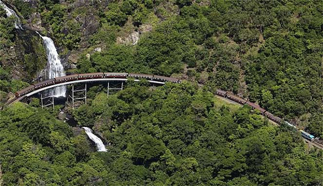 Banyak jalur rel kereta api melintasi negara 10 JALUR REL KERETA API PALING BERBAHAYA DI DUNIA