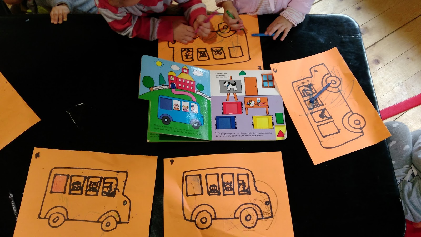 nounou pascale   u00e9veil avec le bus scolaire  formes