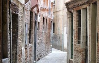 Callejuelas tranquilas del distrito de San Marco.