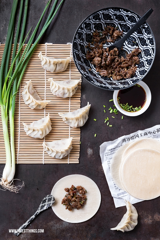 Jiaozi, Gyoza gedämpfte asiatische Teigtaschen Rezept Dumplings