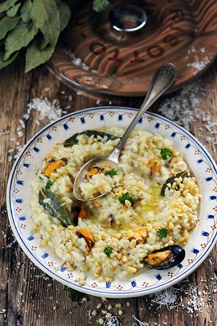 Et si on mettait les moules aux couleurs des f�tes Tome 2�! Mon risotto aux moules de bouchot de la Baie du Mont-Saint-Michel et au champagne...