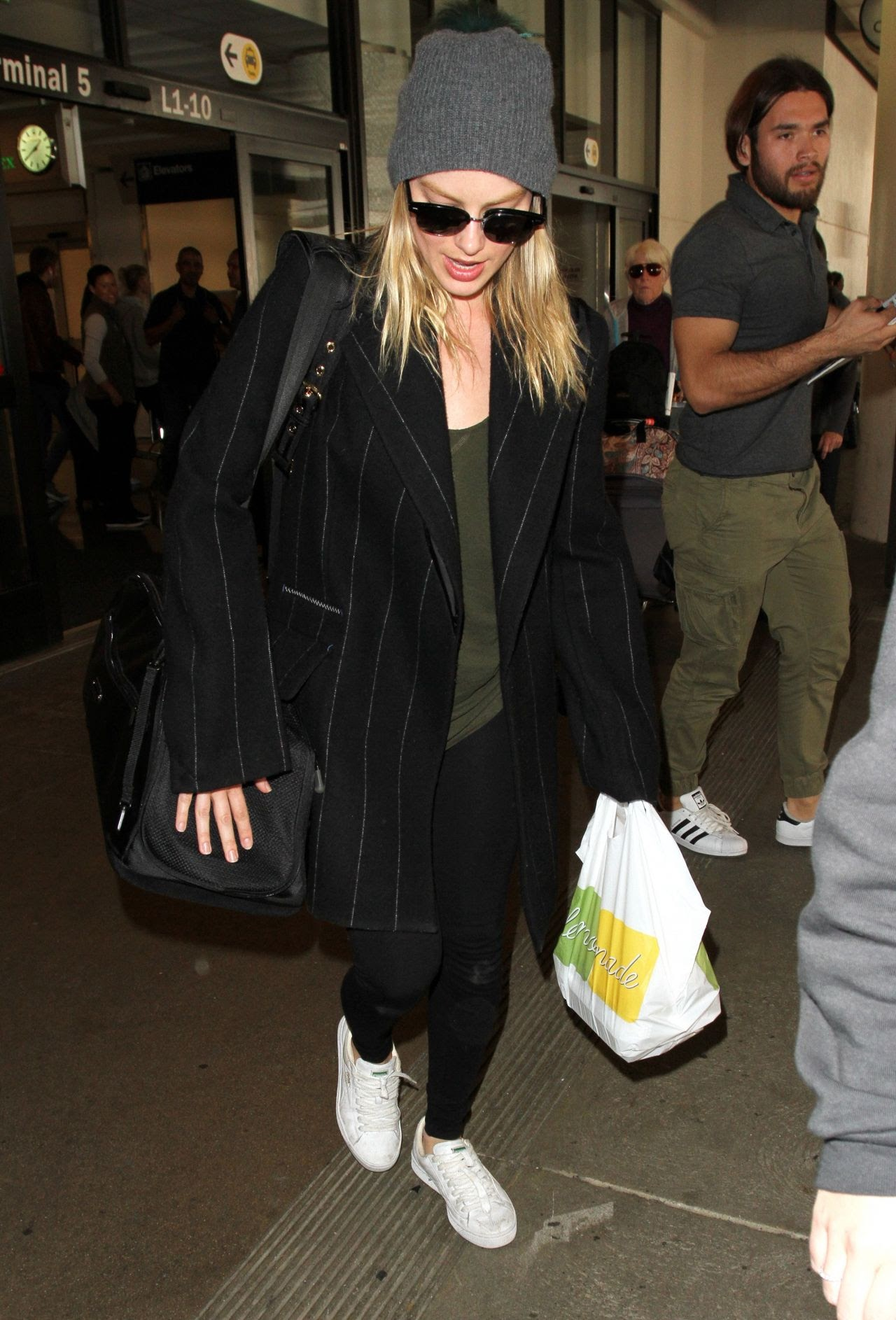 Margot Robbie came to Los Angeles