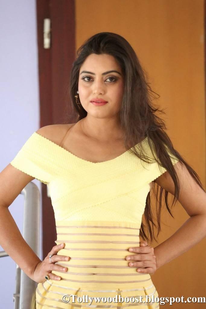 Beautiful Telugu Girl Shipra Gaur Hot Stills In Yellow Dress
