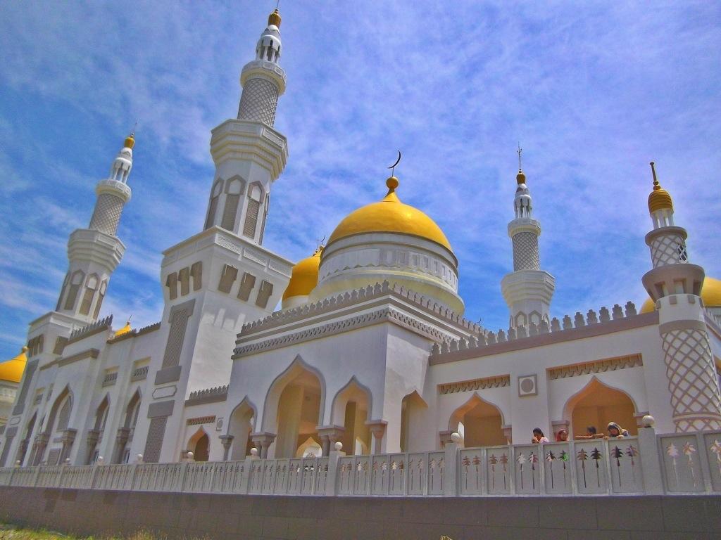 Mosque Detail: Sultan Haji Hassanal Bolkiah Mosque