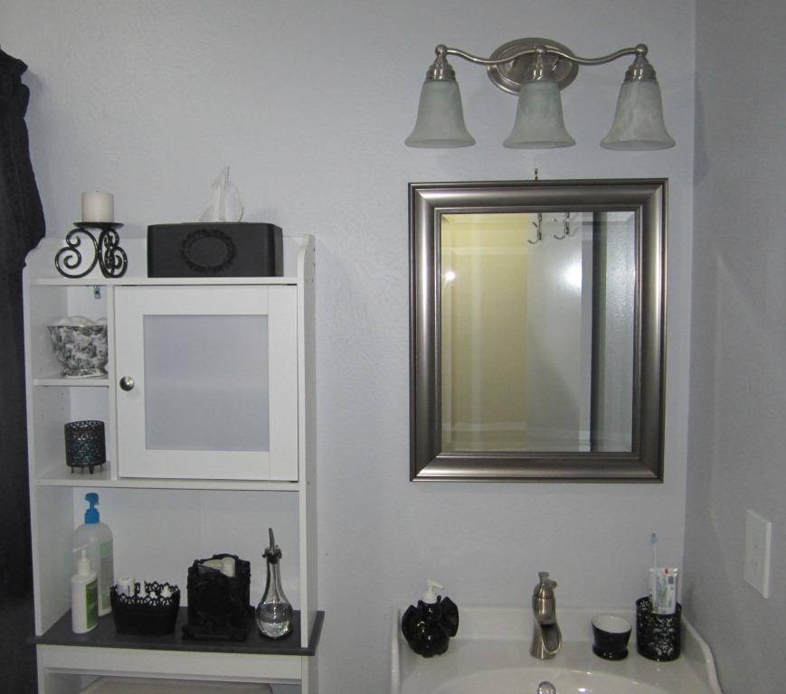Giy goth it yourself bathroom rehab accessories for Bathroom rehab