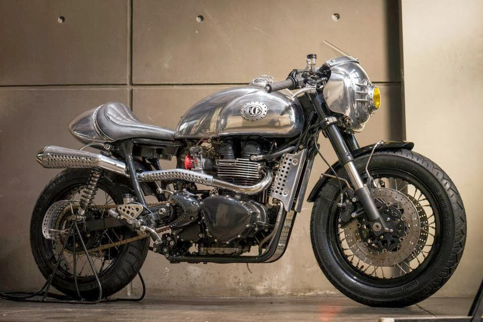 Triumph Thruxton Steampunk Racer Return Of The Cafe Racers