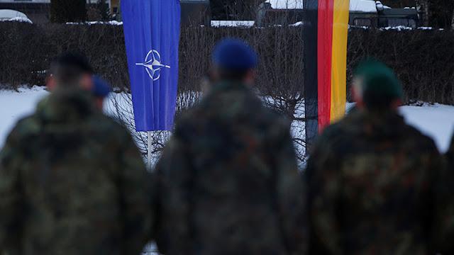 La Casa Blanca desmiente que Trump entregó a Merkel una factura por los servicios de la OTAN