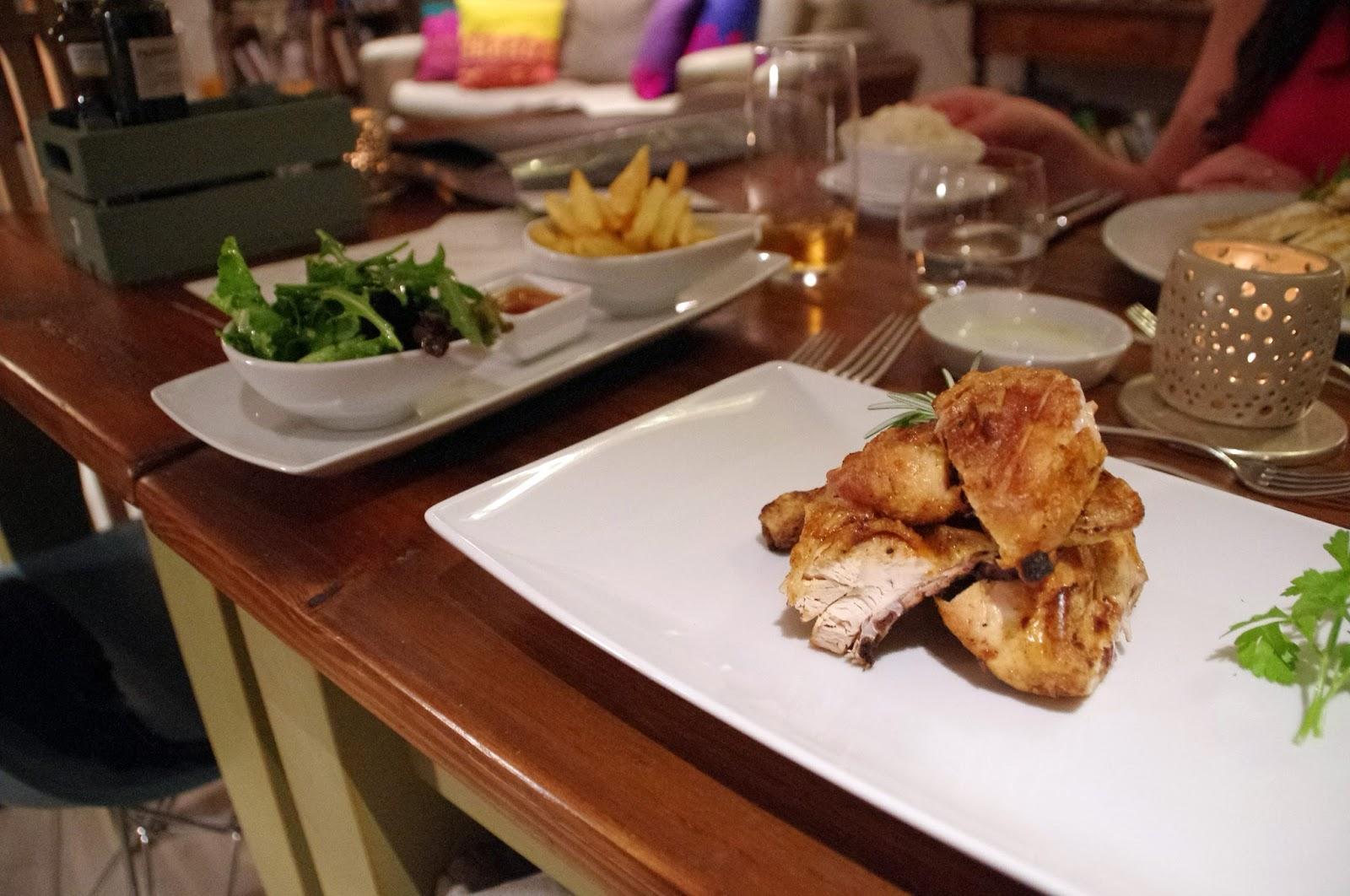 Chicken dinner at Fazenda Nova Country House