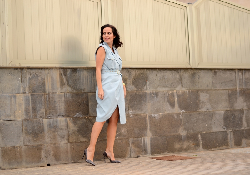 aurelia-gil-dress-streetstyle-baby-blue