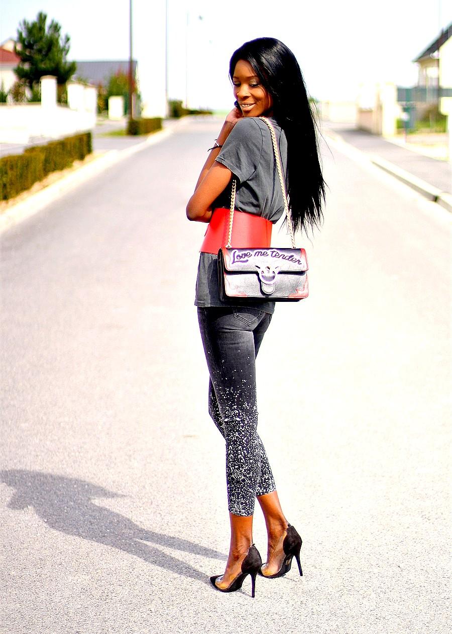 sac-pinko-love-jeans-taches-de-peinture-zara-corset-rouge-tendance