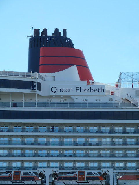 Cruise around Great Britain Cunard Queen Elizabeth review deck 8