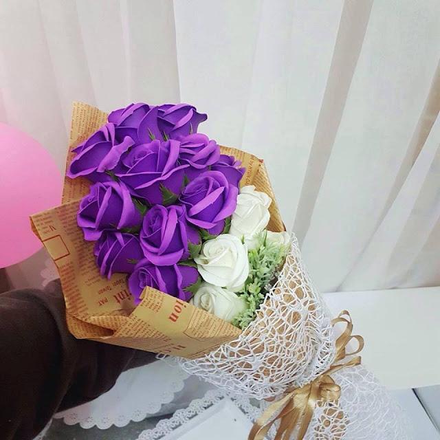 Hoa hong sap thom vinh cuu tai Cua Dong