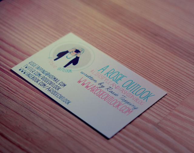 Instant print business cards giveaway a rosie outlook the exciting news is you can win one of four sets of 1000 business cards for yourself they dont necessarily have to be for your blog they can be for any colourmoves