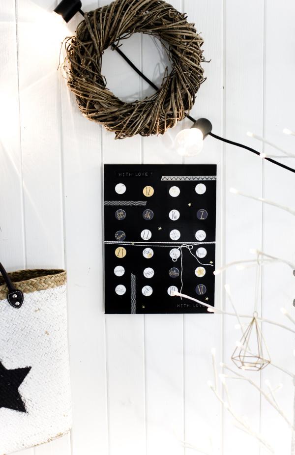 Adventskalender mit Türen ganz einfach selber basteln | by titatoni