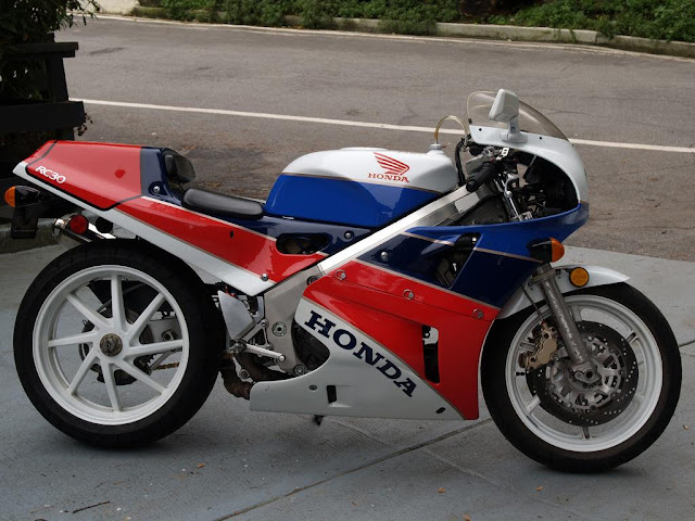 Honda RC30 Exhaust Sound