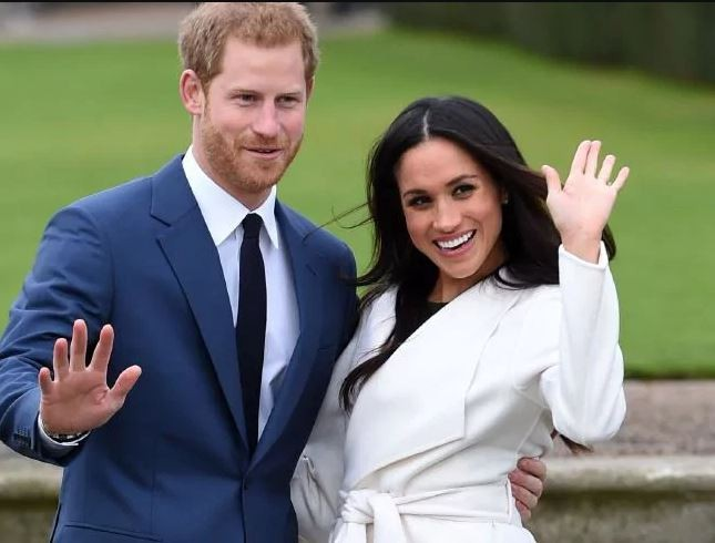 Interesting; See The Details of Prince Harry and Meghan Markle wedding Cake