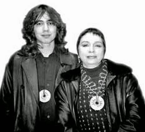 Александр с мамой  Марианной