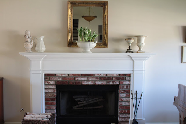 spring-tour-mantel white ironstone tulips gold mirror