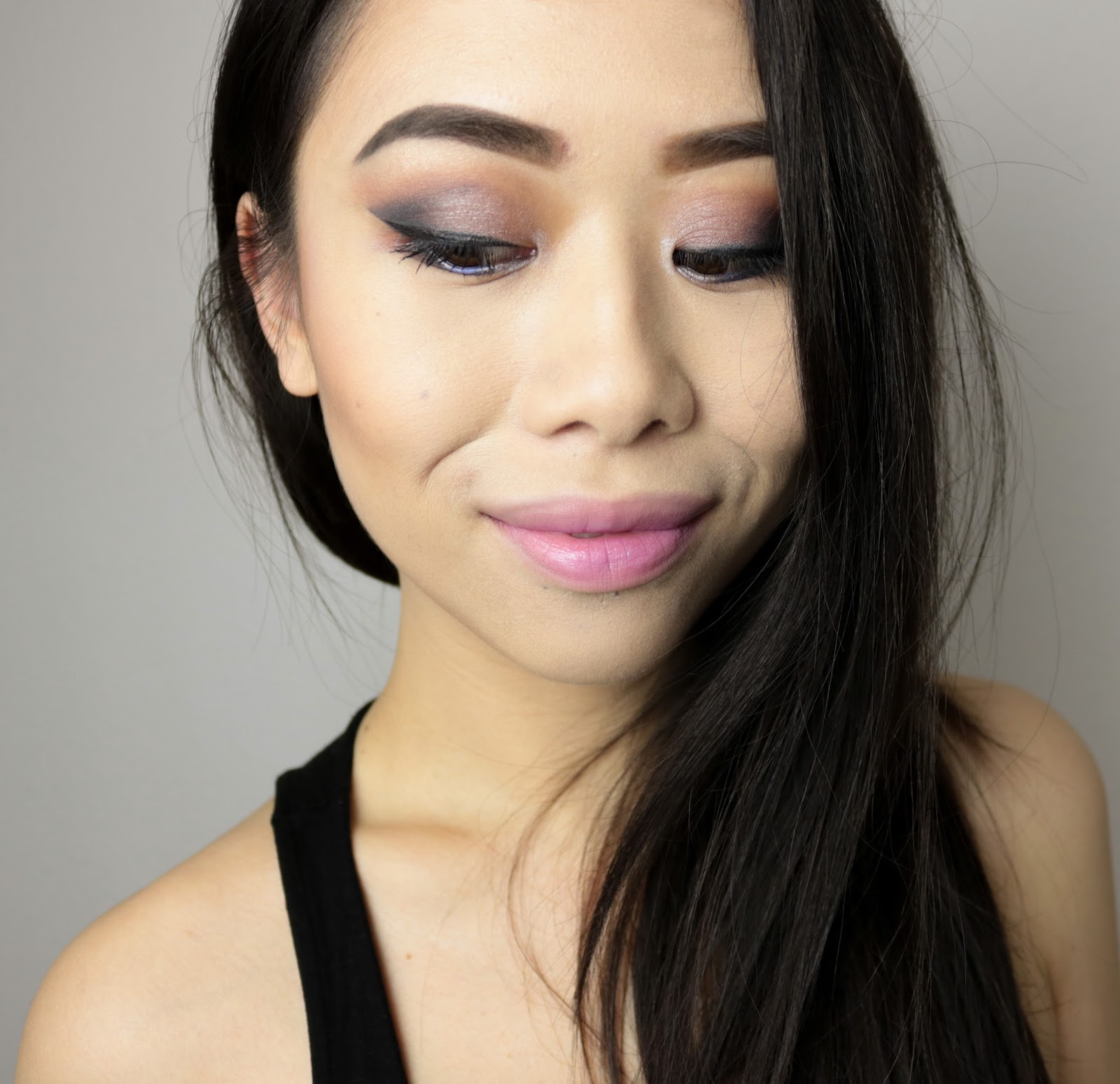 One Shade of Grey | Monday Shadow Challenge