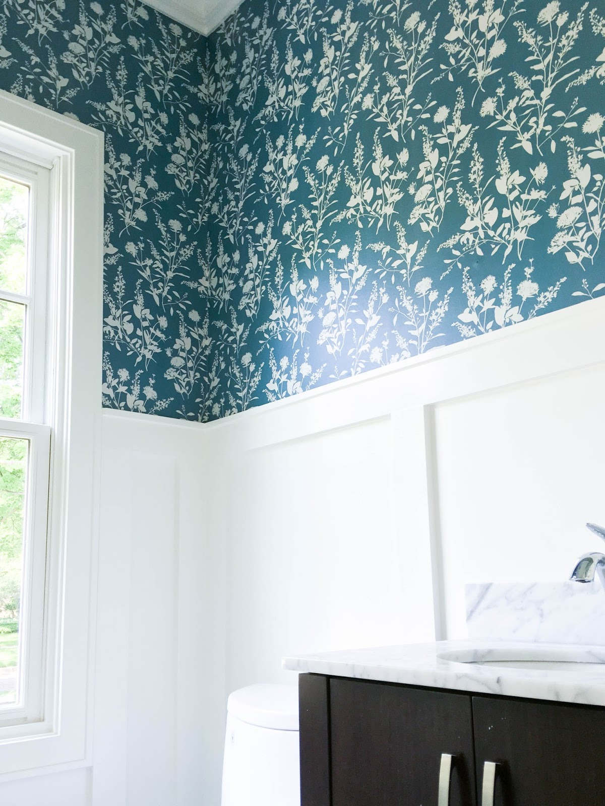 Wallpaper Powder Room Home with Keki
