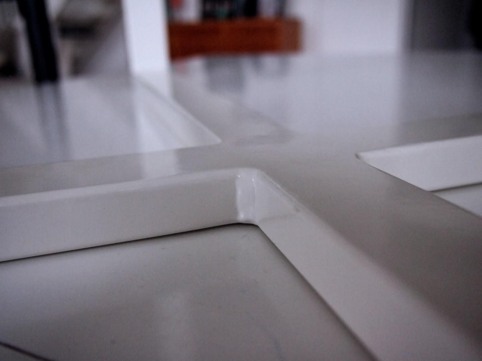 pyöreä pöytä 130 cm