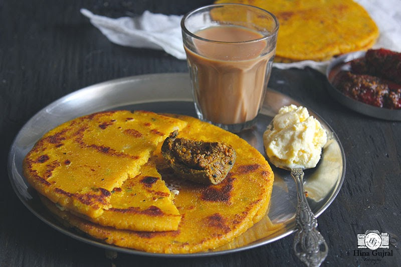 is an Indian flatbread made amongst maize flour in addition to spicy Irish Gaelic patato dough Makki aur Aloo ka Partha With Video