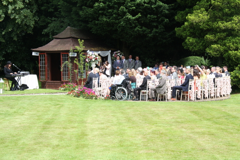 549087379541779005 further 468867011176881090 likewise 489485053222706827 as well Planta Ornamental as well English Garden Outdoor Wedding At. on most beautiful hosta world