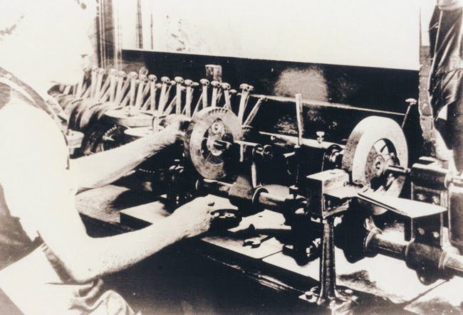 Indian Motorcycle Factory Photos From 1908 Riding Vintage