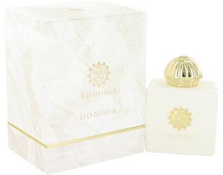 Parfum Wanita yang Banyak Disukai Pria Klepek Klepek Wanginya Tahan Lama  7 Parfum Wanita yang Banyak Disukai Pria Klepek Klepek Wanginya Tahan Lama 2019