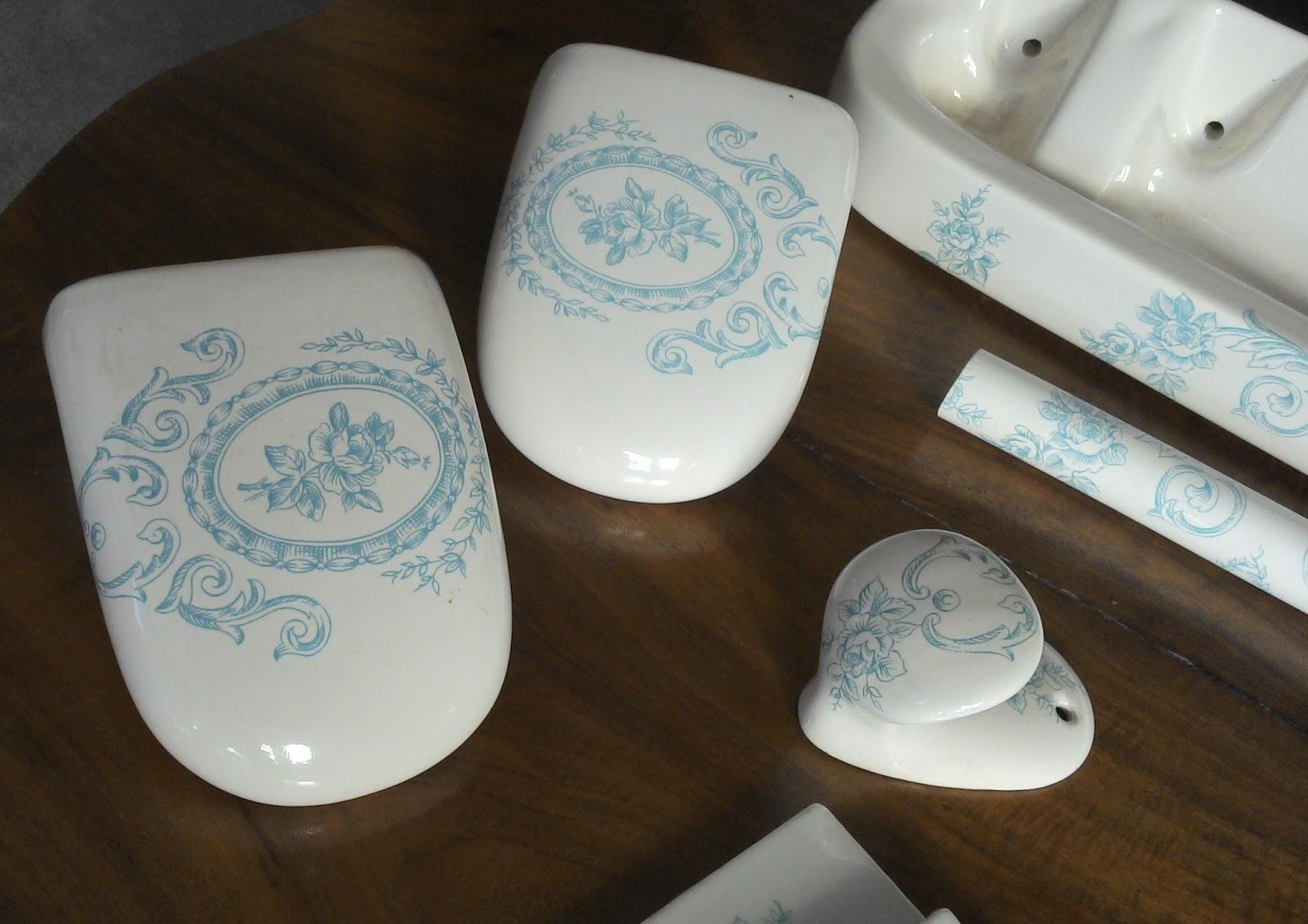 ancien service de toilette bleu porcelaine de paris estampill salle bain france ebay. Black Bedroom Furniture Sets. Home Design Ideas