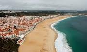 Nazaré: Desa Nelayan di Portugal 🌅