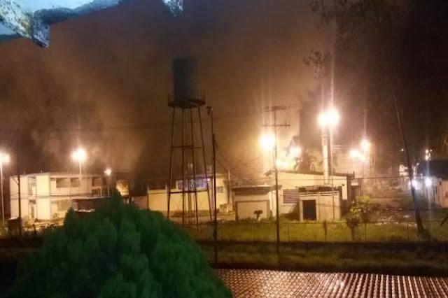 Murió una persona al incendiarse el Luis Razetti de Tucupita - Venezuela se cae!