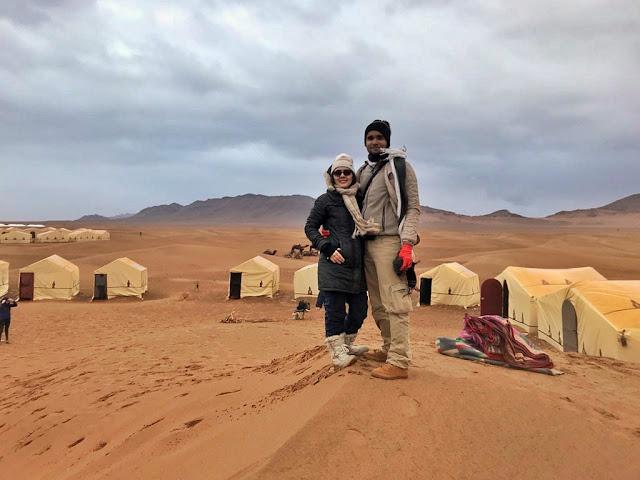 Tempo nublado e areia úmida. Essa é a nossa sorte com o clima. Faz até chover no deserto!