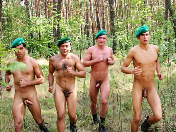 from Duncan militaire gay france
