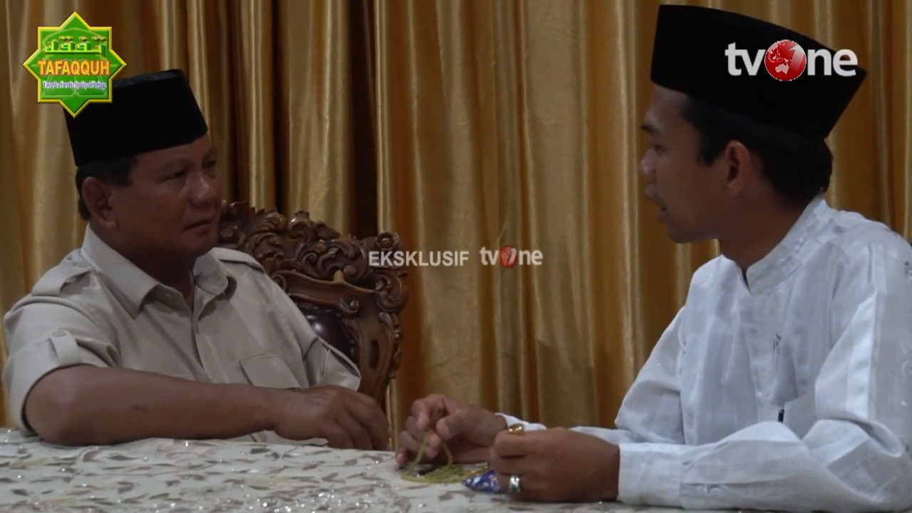 Bikin Nangis, Momen UAS Ajarkan Dzikir Tauhid kepada Prabowo