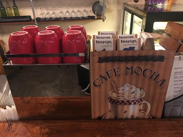 Red coffee mugs and teapigs