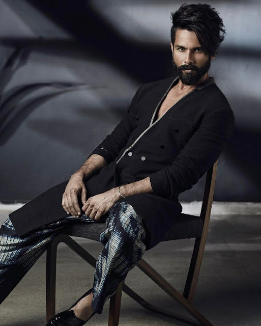 Shahid Kapoor Wiki,Movies,Age,Images,biography,songs,birthday date,New Movie