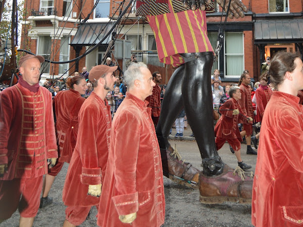 Days Out | Royal De Luxe Giants Come To Liverpool