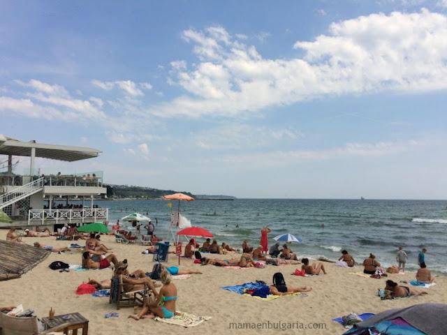 La playa de Varna, Bulgaria