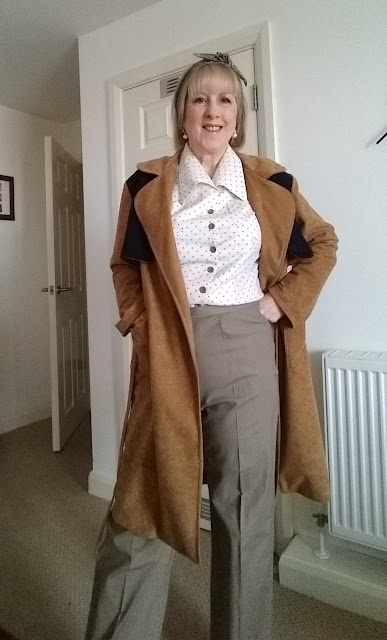 e2399ecb6d1 In these last two blog posts - my previous one is Dressing 1940s style -  there is a Sew Over it tea dress to make too