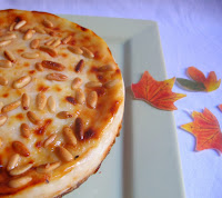 http://arteecucinadaclo.blogspot.it/2013/11/torta-con-farina-di-castagne-e-ricotta.html